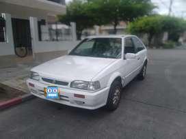 Mazda 323 cupé