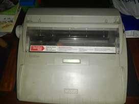 Vendo maquina de escribir electrica
