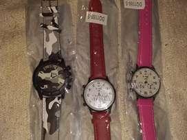 Vendo relojes de hombre y de mujer nuevos muy nuevos