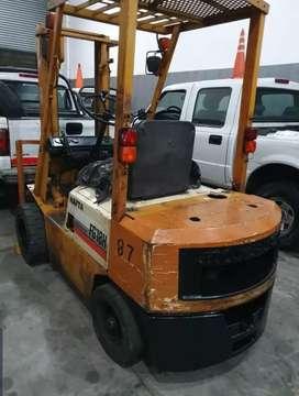 autoelevador komatsu 1.8kg nafta