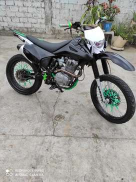 Vendo moto dukare cc200 tipo croos en buen estado