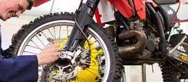 Tecnico en mecanica de moto.