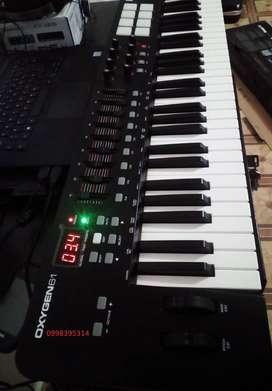 Teclado M-Audio Oxigen 61