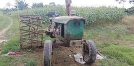 Se vende tractor (negociable)