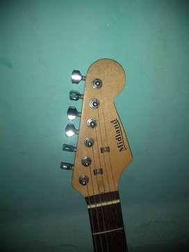 Guitarra Midland Estratocaster