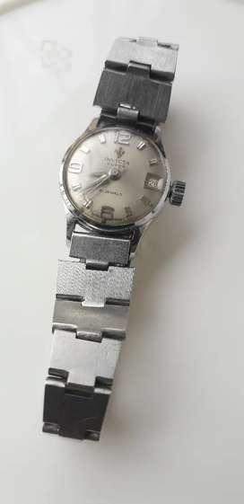 Reloj a cuerda 100% funcional Invicta con 21 joyas internas