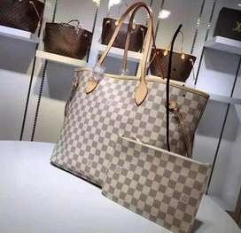Bolsos Louis Vuitton Never Full
