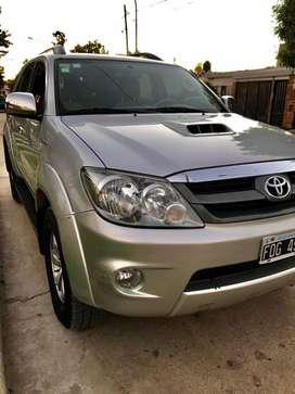 Toyota Hilux Sw4 2006 primera mano