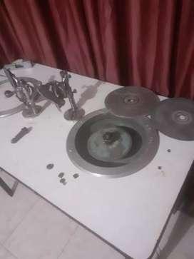 Máquina dos puestos para tallado de piedra