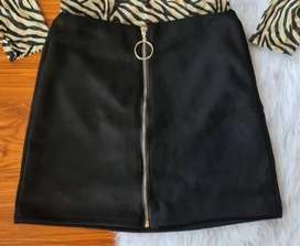 Faldas bellas en gamuza
