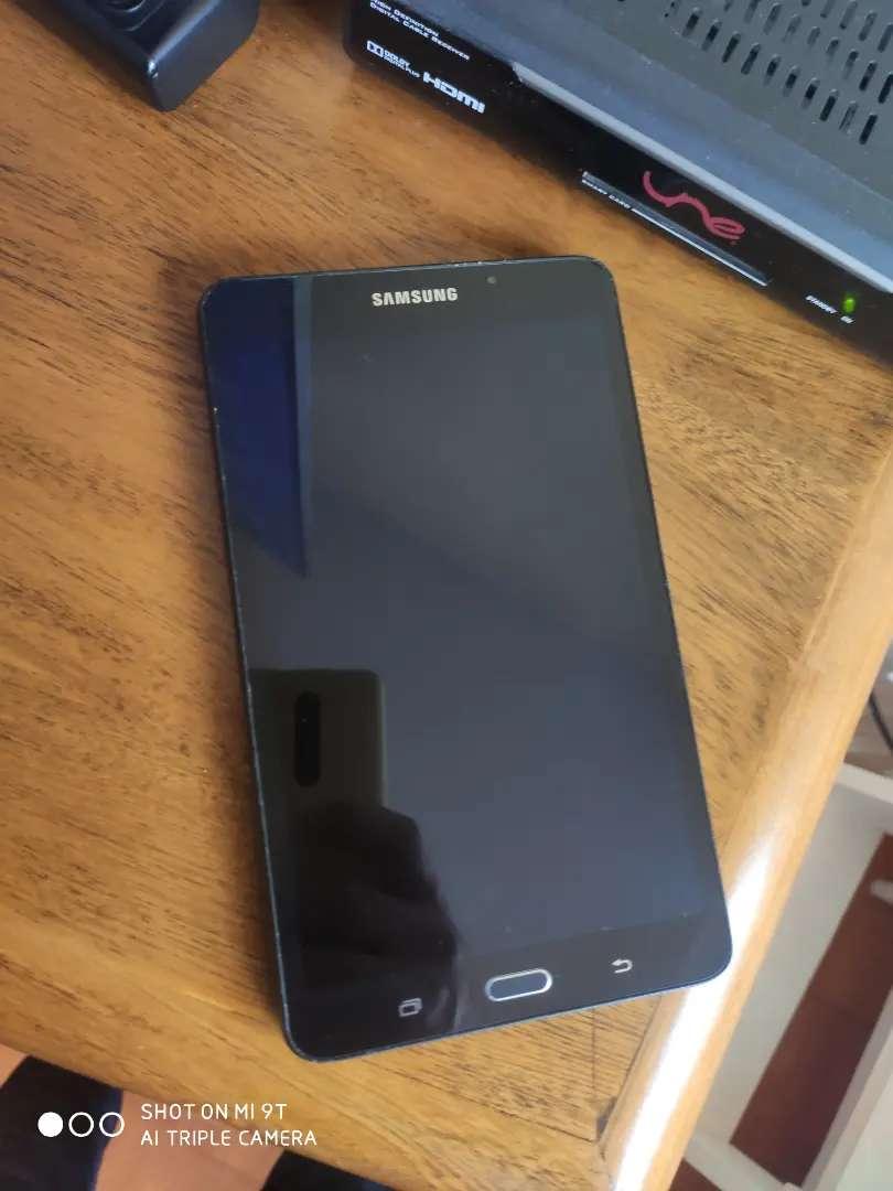 Vendo tablet Samsung tab A6 en muy buen estado 0
