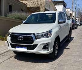 Toyota Hilux  4x2 D/C SRX  2.8 TDI 6 A/T  MY20