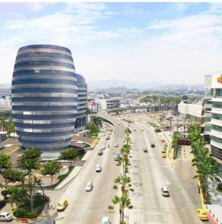 Edificio 100 Business Plaza Oficina en venta , Ciudad del Sol, frente al Mall del Sol, Guayaquil 0