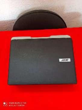 Portátil Acer bien cuidado