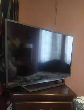 "Televisor Led Sony Bravia 32"" Smart Tv"