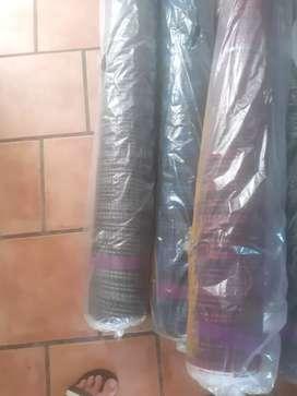 Taller costura líquida telas para calzas y mallas por cierre