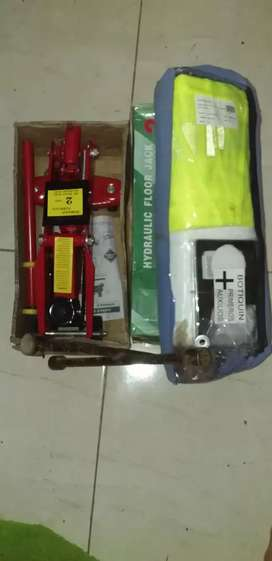 Vendo gato 2 toneladas Kit de seguridad y llave cruz
