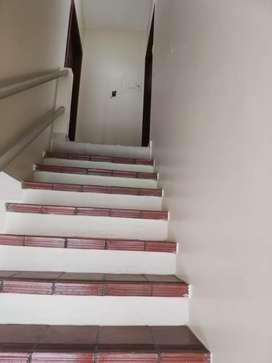 Kennedy Norte alquiler suite en 3er piso alto, con garaje