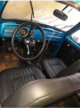 Se vende hermoso Volkswagen escaranbajo