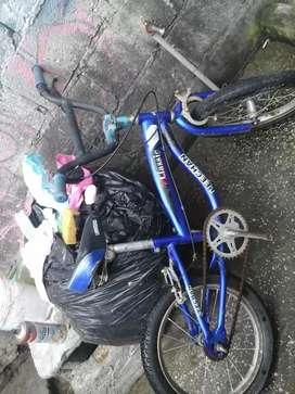 Bicicletavde niño arob16 lbuen estado falta pedal