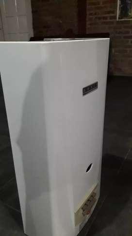 Calefón orbis muy poco uso exelente garantía x 6meses ensendido electrónico gas natural