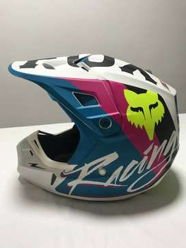 Fox V2 Rohr Ece Helmet - NUEVO!