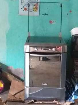 De venta una cocina de inducción marca Mabe en 300