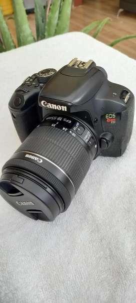 Cámara Canon T7i usada con garantia