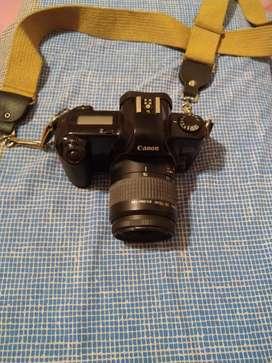 Cámara réflex Canon Rebel X analogica