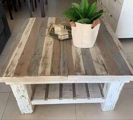 Vendo mesa rústica restaurada divina!