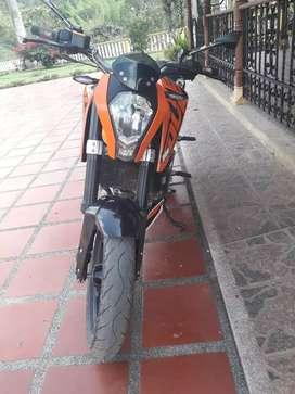 Moto duke 200 modelo 2016 buen estado único dueño
