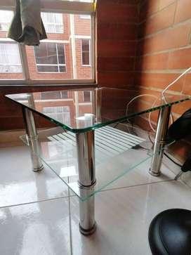 Hermoso Juego de mesas de vidrio