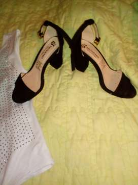 Vendo Body y sandalias