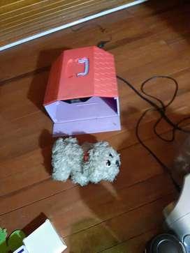 Casa con perrito movible