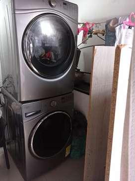Torre secadora y lavadora Whirlpool separadas