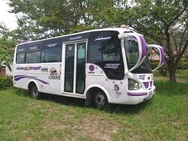 Microbus urbano NKR