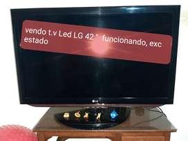 """VENDO T.V LED 42 """" LG"""