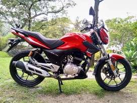 Moto Aprilia 150cc STX como nueva