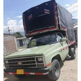 Vendo camioneta Chevrolet custom de luxe C10