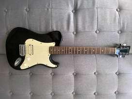 NEGOCIABLE Guitarra eléctrica en perfecto estado, excelente sonido