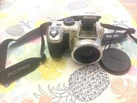 Cámara Kodak Az251 Pixpro Digital Semi Reflex