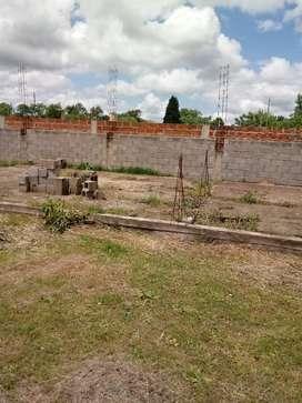Terreno 10 por 30mts cañuelas barrio san esteban calle principal juan 23 N 454