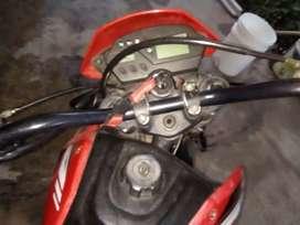 Vendo Moto Zanella ztt 200 Motard $ 35.000