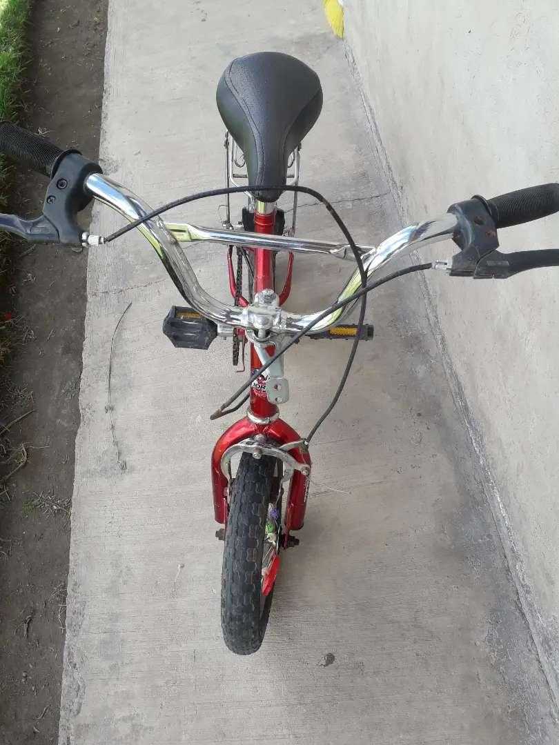 Vendo bicicleta de niño rin 12 0