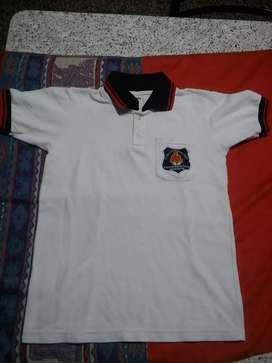 Vendo indumentaria colegio Betania