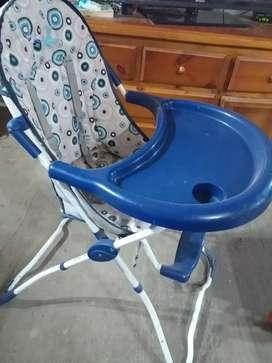 Vendo permuto silla de bebé para comer