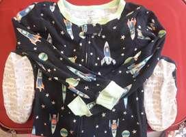 Pijama para niño marca Carters Talla 5T
