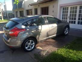 Ford Focus 1,6. Año 2014