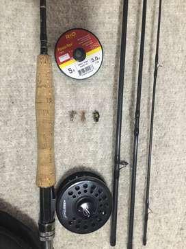 Vara de pesca con mosca