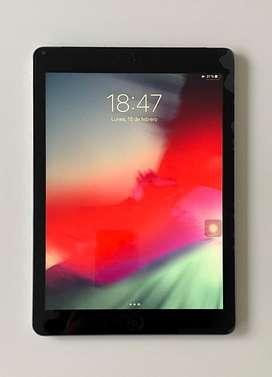 iPad Air 64 gb + cargador + vidrio templado de repuesto + 2 fundas - excelente estado!